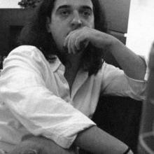 El poeta Héctor Castilla