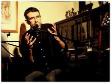 El cantautor y poeta Rafa Mora (Fotografia de Carmen Lafuente)